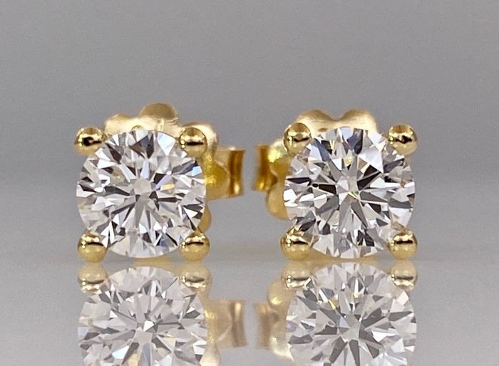 18 kt. Yellow gold earrings - with 1.04ct diamonds, Without reserve price!