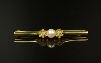 585 gold - Antique diamond brooch 0.30 carat with cultured pearl.