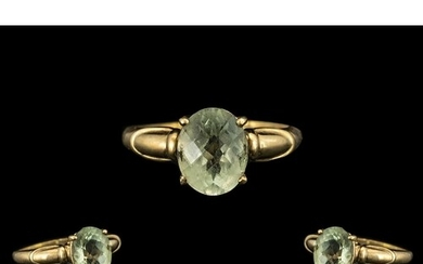 9ct Gold Ladies Green Amethyst Dress Ring. Ring size R.