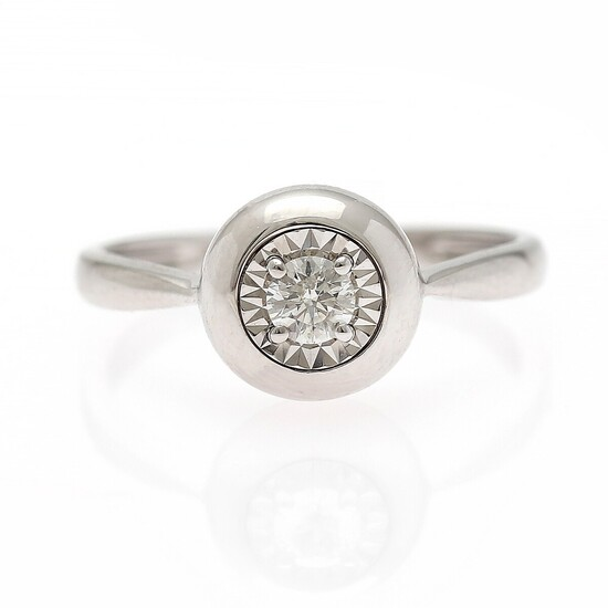A diamond solitaire ring set with a brilliant-cut diamond weighing app. 0.17 ct., mounted in 18k white gold. Size app. 51.5.