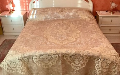 Bed cover (1) - Burano 100% - hand embroidery - 1990