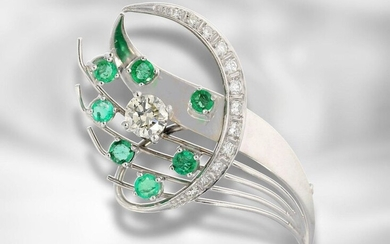 Brooch/pin: white gold vintage emerald/brilliant goldsmith brooch, large diamond of approx. 0,95ct
