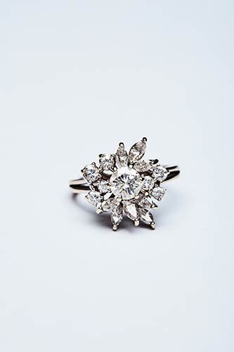 DIAMOND FLOWER RING Handcrafted ring made in Italy in the...