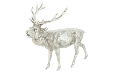 Figurine(s), An impressive detailed Stag figurine - .925 silver - John Pinches (Medallists) Ltd - U.K. - 1982