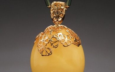 House of Amber. Gold-plated silver necklace with milky amber. 41,6 g.