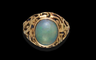 Jelly Opal Doublet Cabochon Ring
