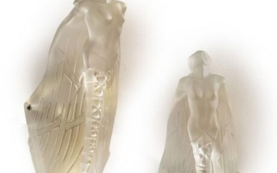 PAIR OF APPLICATIONS LALIQUE France