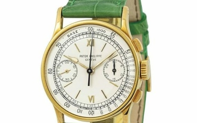 PATEK PHILIPPE - 130 Chronograph. Fine yellow gold