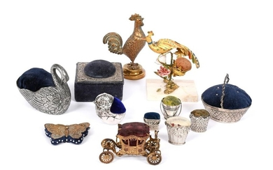 A collection of silver, metalware, electroplated and gilt-...
