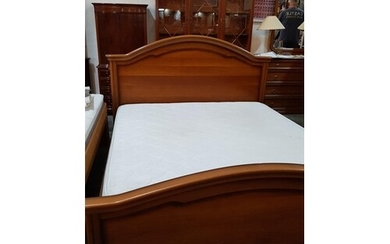 Classic Wooden Headboard King Size Bed with Mattress (191cm ...