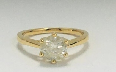 14ct Yellow Gold Diamond solitaire ring featuring, round...