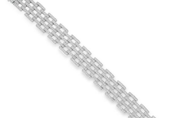 A DIAMOND FANCY LINK BRACELET in 18ct white gold