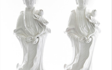 A PAIR OF CHINESE DEHUA-STYLE PORCELAIN FIGURES OF GUANYINS, 20TH CENTURY