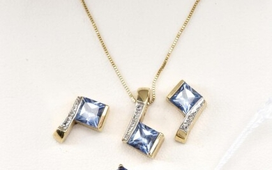 A SYNTHETIC SAPPHIRE AND DIAMOND JEWELLERY SUITE IN 9CT GOLD COMPRISING A RING, A NECKLACE AND A PAIR OF EARRINGS