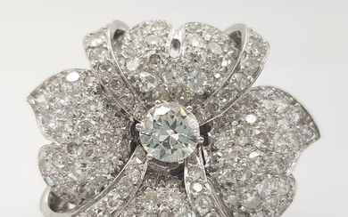 AIG Certificate - 18 kt. White gold - Ring - 5.01 ct Diamond
