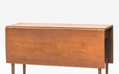 Federal Red-stained Cherry Drop-leaf Table