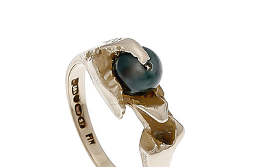 Lapponia ring GG 585/000 with a blue gemstone...