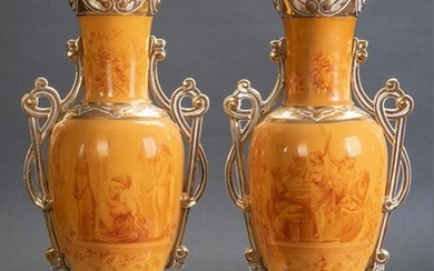 Pair of vases in Central European porcelain enamelled with classic scene decoration and curly mouth. Details in gold. c. 1900. Height: 53 cm. Exit: 350uros. (58.235 Ptas.)