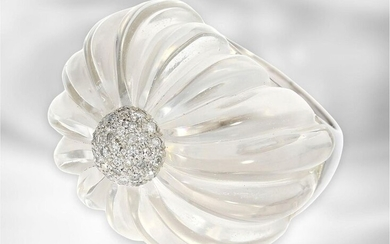 Ring: extraordinary designer ring with large rock crystal...
