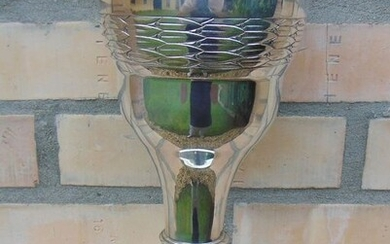 Trophy, Large Art Deco Cup/Vase - .800 silver - Austro-Hungarian monarchy - First half 20th century