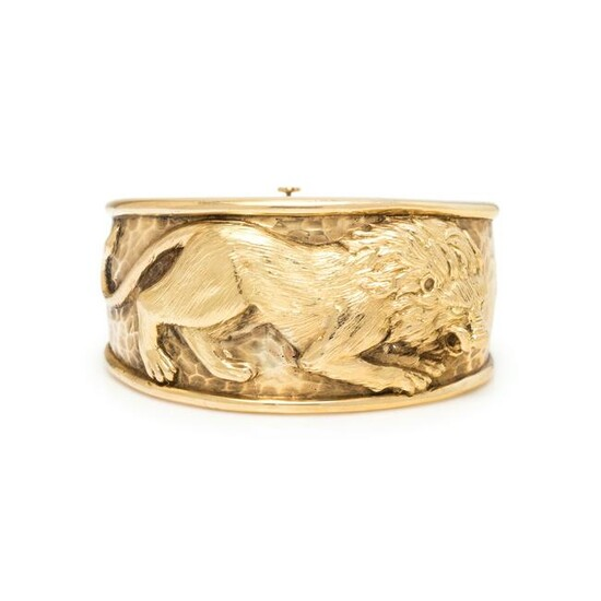 YELLOW GOLD LION BANGLE BRACELET