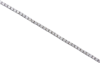 A DIAMOND LINE BRACELET IN 18CT WHITE GOLD, COMPRISING NINETY SEVEN ROUND BRILLIANT CUT DIAMONDS TOTALLING 1.04CTS, LENGTH 160MM, 5....