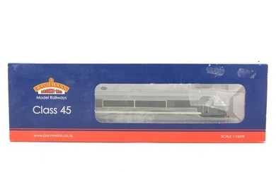 Bachmann OO gauge model railway diesel locomotive; 32-678DS Class 45 D55 'Royal Signals' BR green with DCC sound, boxed.