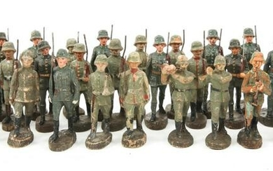 GERMAN WEIMAR ARMY ELASTOLIN TOY SOLDIER LOT OF 35