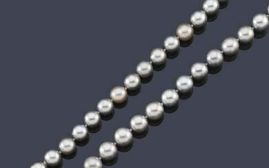 Tahitian gray pearl necklace approx. 10.70-10.98 mm.