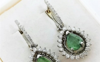 18 kt. White gold - Earrings - 1.58 ct Emerald - Diamonds