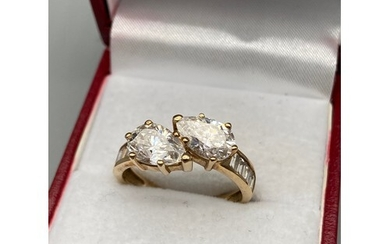 A Nice example of a ladies 9ct gold evening ring designed wi...
