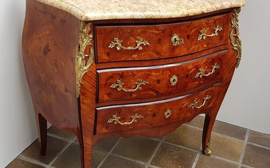 Commode Marquetry - Louis XV Style - Rosewood lemon Rosewood Marble bronze - circa 1900