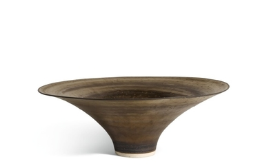 DAME LUCIE RIE   FOOTED BOWL WITH FLARING RIM