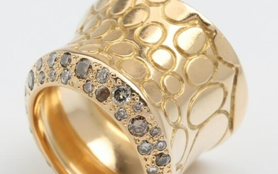 DIAMOND - GOLD - RING, POMELLATO