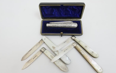 Late Victorian silver folding fruit knife, by Hilliard &...