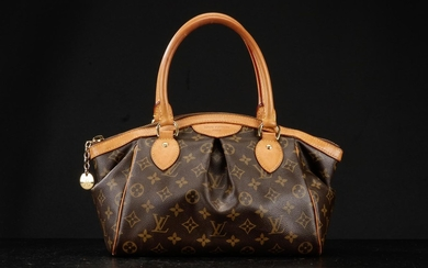 Louis Vuitton. Håndtaske model Tivoli PM. Monogram canvas.