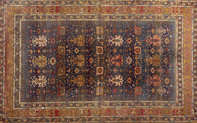 Persian wool rug in rich colours with schematic decorations. Size: 195x290 cm Output: 400uros. (66.554 Ptas.)
