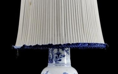 Table lamp / Chinese vase