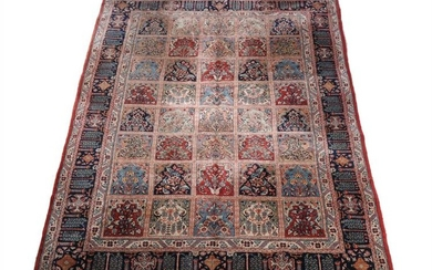 **LOT WITHDRAWN**A Bakhtiar carpet