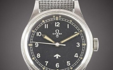 A GENTLEMAN'S STAINLESS STEEL BRITISH MILITARY OMEGA