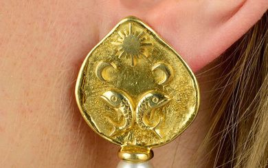 A pair of 18ct gold cultured pearl 'Zodiac Shiraz' Pisces earrings, by Elizabeth Gage.