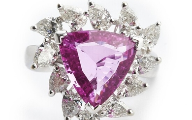A sapphire and diamond ring with a trilliant-cut pink sapphire weighing app. 4.07 ct. and diamonds weighing app. 1.77 ct., mounted in 18kk white gold.