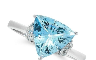 AN AQUAMARINE AND DIAMOND DRESS RING in 18ct white
