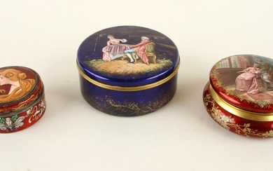 EARLY 20TH C. SET OF THREE ENAMEL DRESSER BOXES