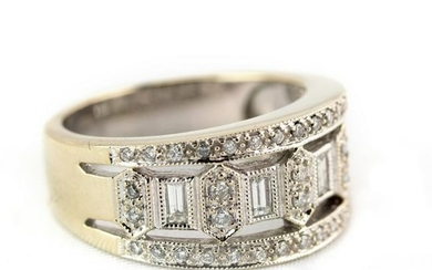 Ladies Designer Style 14k White Gold Diamond Ring