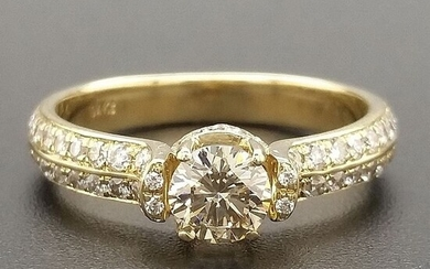 0.89ct Natural Fancy Light Greenish Yellow, Diamonds - 14 kt. Yellow gold - Ring - ***No Reserve Price***