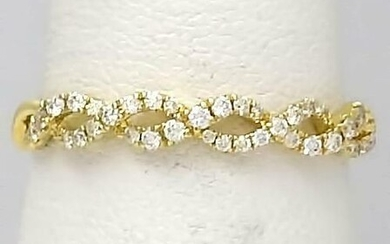 585 14k YELLOW GOLD TWIST PAVE .24ctw ROUND DIAMOND