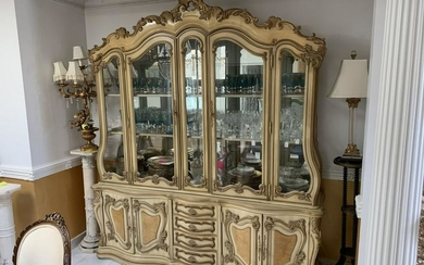 ANTIQUE FRENCH COUNTRY CHINA CABINET GLASS SHELVES