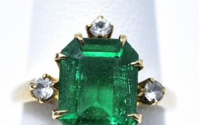 Antique 10kt Yellow Gold Emerald Paste Ring