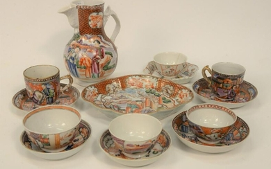 Chinese Export Porcelain Group of fourteen pieces to